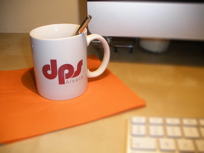 Mug pour la société DPS Alsace pour leur communication corporate