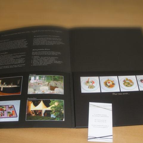 Plaquette corporate Lorraine Réception ouverte et carte de visite